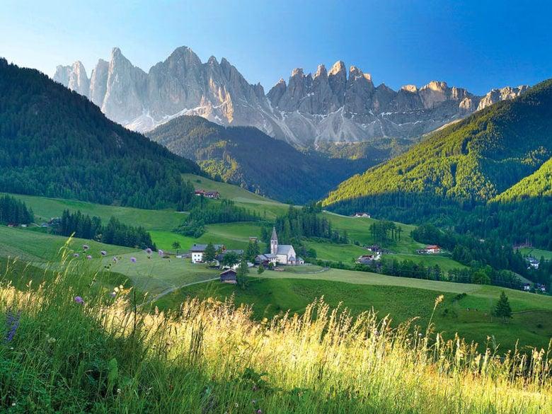 Hotel val isarco alpine wellness hotel masl valles in for Koi garden rio di pusteria